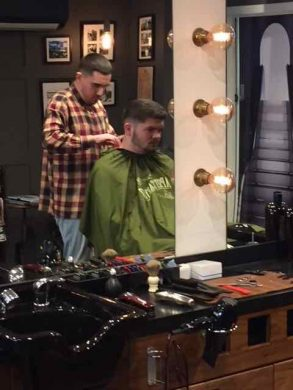 barber in Bristol at Franco's Barbering Lounge